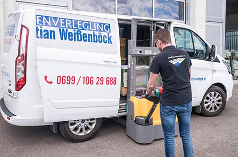 Service-Angebot Handel mit Verlegematerialien und Fliesenzubehör